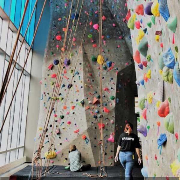 Climbing walls chicago