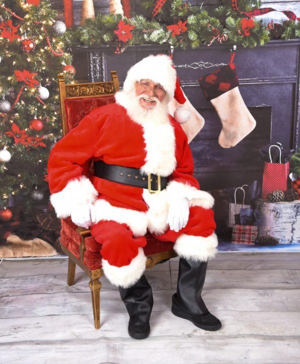 Santa Claus - Real Beard - Chicagoland Event Rentals - Wheaton - www.ChicagolandEventRentals.com