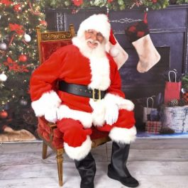 Santa Claus - Real Beard - Chicagoland Event Rentals - Wheaton - www.ChicagolandEventRentals.com